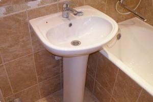 установка раковины в ванной | установка умывальника